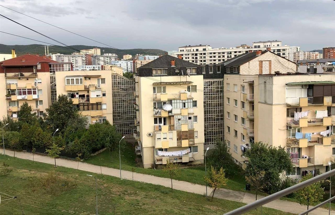Shitet-banesa-56m2-netto-në-Bregun-e-Diellit