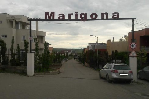 Shtëpia-240-m2-në-3-76-ari-te-Marigona-1