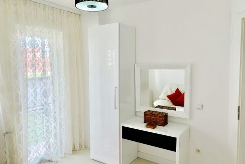 Dhoma Musafirve2